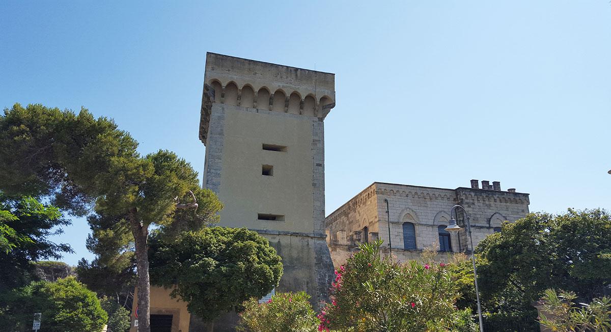 Piazza della Torre a Castiglioncello